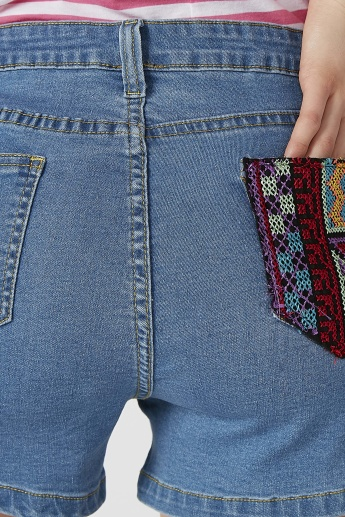 Embroidered Pocket Detail Shorts