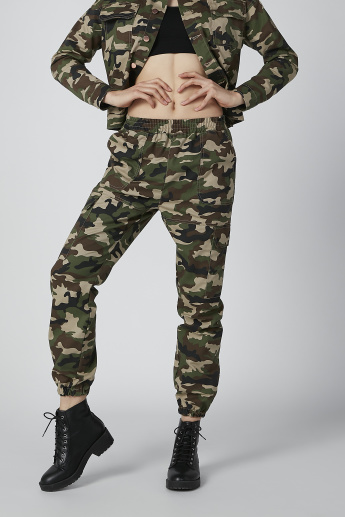 Camouflage Printed Cargo with Pocket Detail