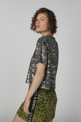 Camo Print Round Neck Top with Short Sleeves