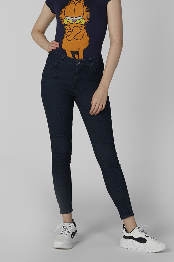 Plain Jeans with Pocket Detail