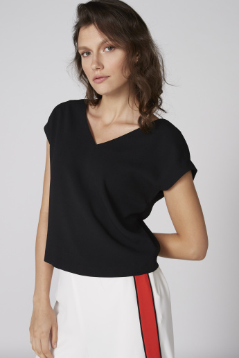 Elle V-Neck Top with Extended Sleeves and Back Button Placket