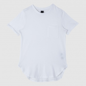 Iconic Round Neck T-Shirt with Short Sleeves and Patch Pocket