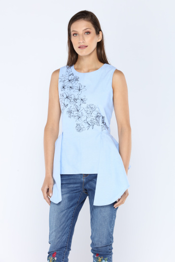 Iconic Printed Sleeveless Top with Round Neck