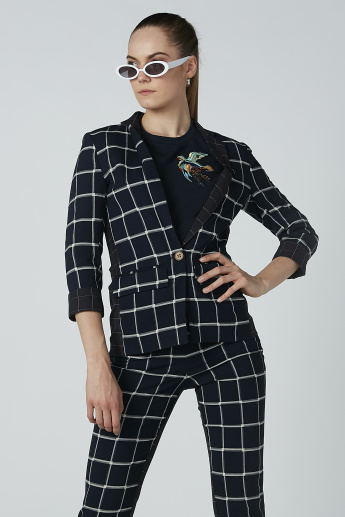 Iconic Chequered Blazer with Button Closure and Flap Pockets