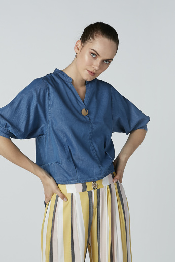 Iconic Plain Top with 3/4 Sleeves and Mandarin Collar