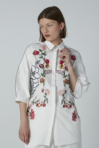 Iconic Embroidered Shirt with Concealed Placket and 3/4 Sleeves