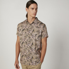 Iconic Slim Fit Floral Printed Shirt with Short Sleeves