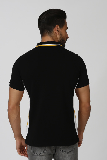 Iconic Slim Fit Polo T-shirt with Short Sleeves