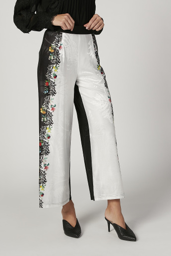 Iconic Floral Printed Mid Waist Pants with Pocket Detail