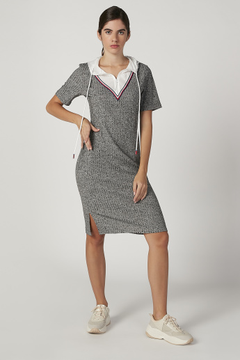 Iconic Textured Midi Shift Dress with Short Sleeves and Hood