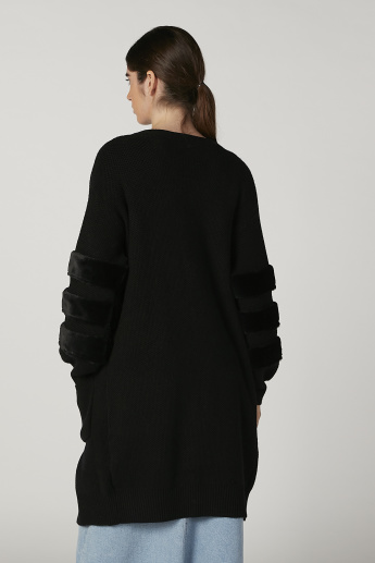 Iconic Textured Longline Cardigan with Long Sleeves and Pocket Detail