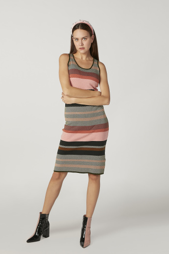 Iconic Textured Midi Shift Sleeveless Dress with Scoop Neck