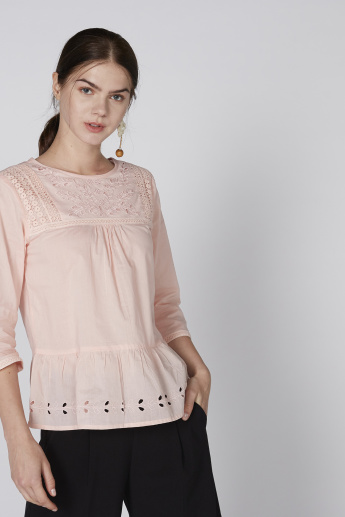Bossini Embroidered Poplin Top with Round Neck and Schiffli Detail