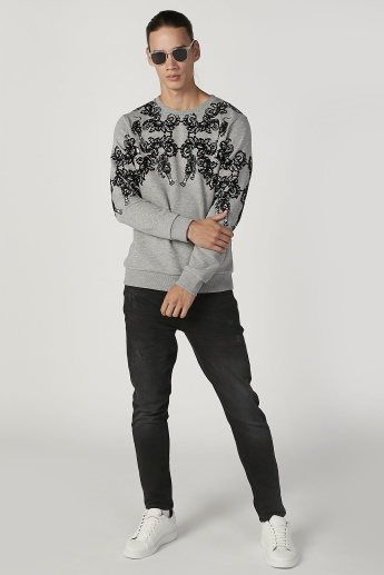 Iconic Slim Fit Printed Sweatshirt with Crew Neck and Long Sleeves