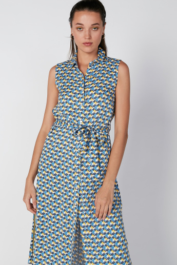 Lee Cooper Printed Sleeveless Shirt Dress with Tie Ups