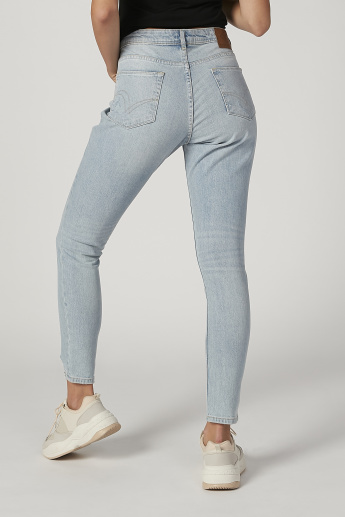 Sustainability Mom Fit Distressed High Waist Jeans with Frayed Grazers