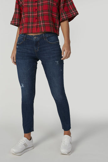 Sustainable Skinny Fit Distressed Mid Waist Jeans with Pockets