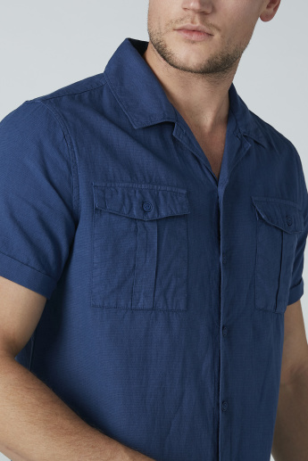 Sustainable Short Sleeved Solid Shirt with Pocket Detail
