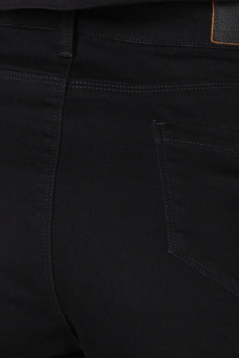 Low-Rise Jeans with Button Closure and Pocket Detail