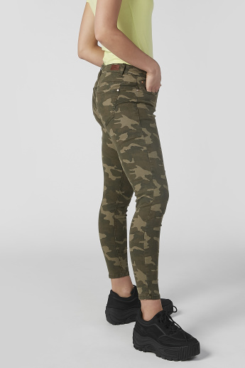 Sustainable Skinny Fit Camouflage Printed Jeans with Pocket Detail