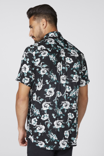 Floral Print Shirt with Short Sleeves