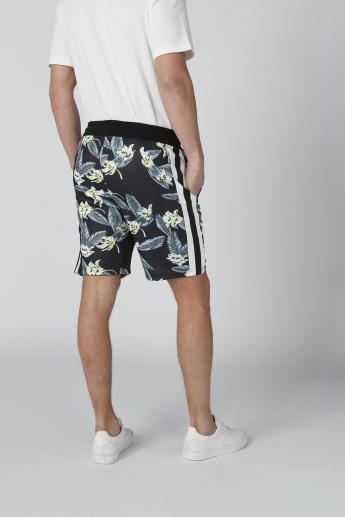 Floral Printed Shorts with Drawstring in Relaxed Fit