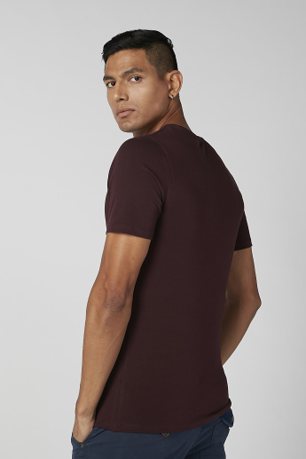 Sustainability Slim Fit Plain T-shirt with V-neck and Short Sleeves