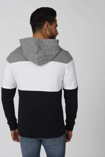 Sustainable Printed Sweatshirt with Kangaroo Pockets and Hood