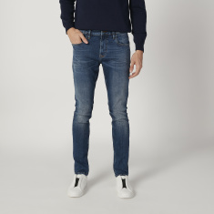 Sustainable Slim Fit Plain Low Waist Jeans with Pocket Detail