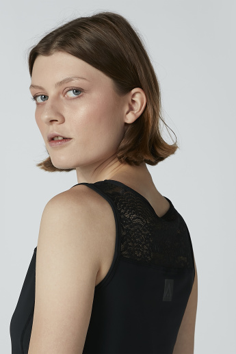 Lace Detail Sleeveless Top with Round Neck