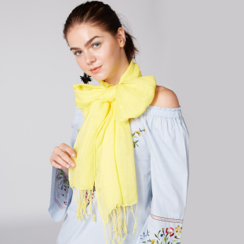 Textured Rectangular Scarf with Tassels