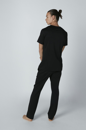 Basic Henley Neck T-shirt and Pocket Detail Pyjama Set