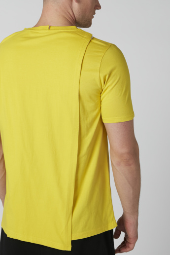 Printed Short Sleeves T-Shirt with Back Detail in Slim Fit