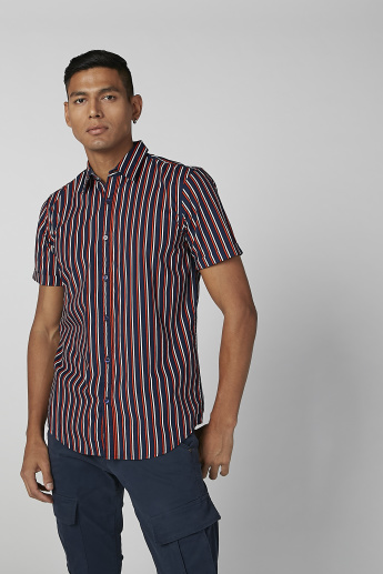 Sustainable Striped Shirt in Slim-Fit with Short Sleeves