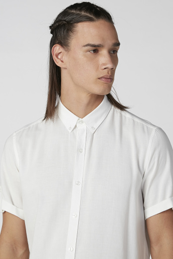 Sustainable Slim Fit Plain Shirt with Short Sleeves