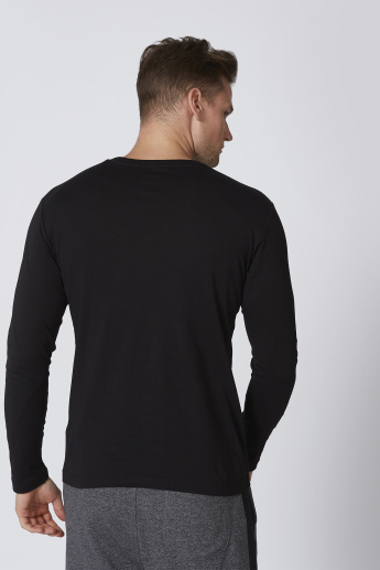 Bossini Plain T-shirt with Round Neck and Long Sleeves