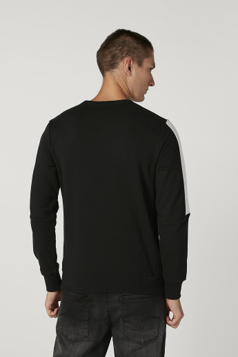Bossini Printed Sweatshirt with Round Neck and Long Sleeves