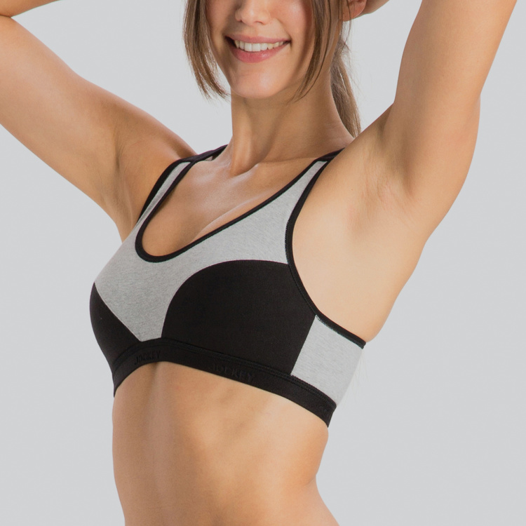 Jockey Scoop Neck Sports Bra with Hook and Eye Closure