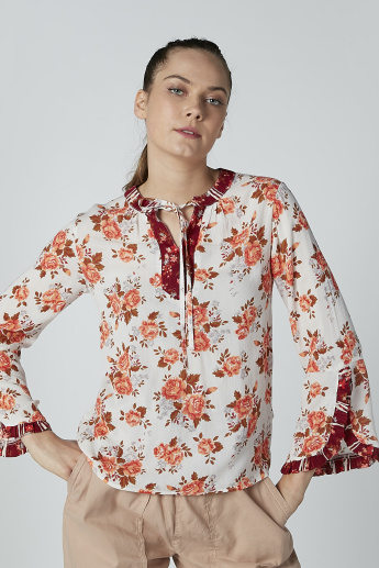 Floral Printed Top with V-neck and Long Sleeves