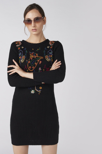 Textured Bodycon Dress with Long Sleeves and Embroidery