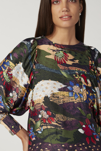 Printed Top with Boat Neck and Long Sleeves
