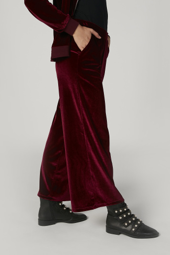 Wide Fit Textured Mid Waist Palazzo Pants with Pocket Detail