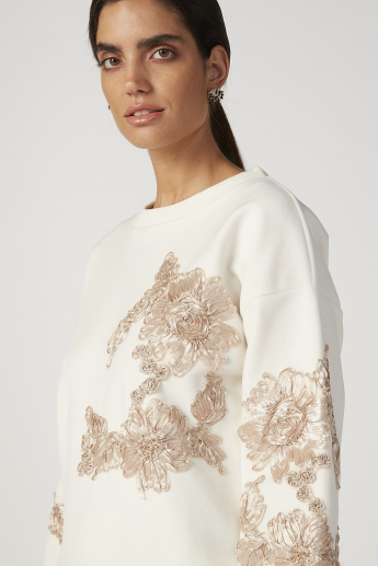 Sustainable Embellished Sweatshirt with Round Neck and Long Sleeves