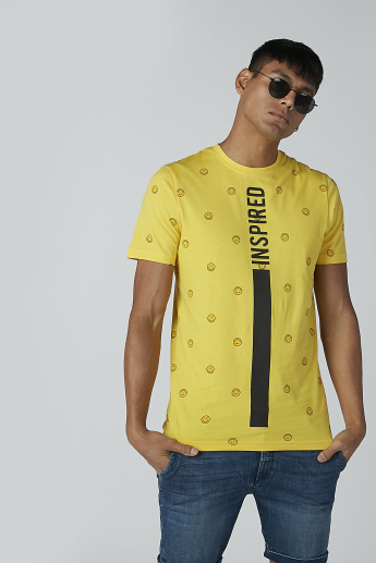 Sustainability Smiley World Slim Fit Printed T-shirt with Crew Neck