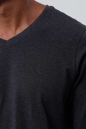 T-Shirt with V-Neck and Long Sleeves
