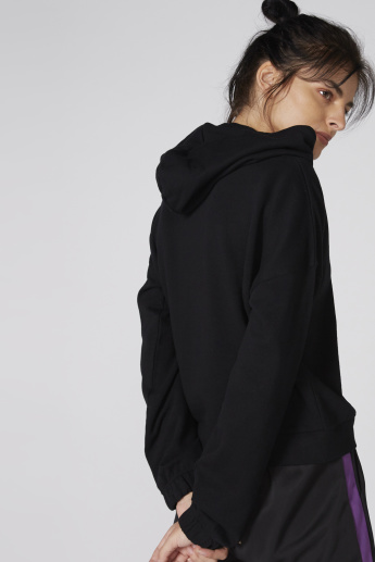 Long Sleeves Sweatshirt with Hood and Pocket Detail