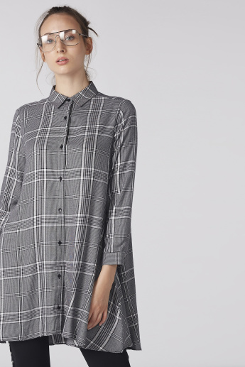 Chequered Longline Shirt with Long Sleeves and Complete Placket