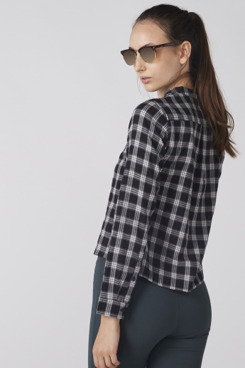 Chequered Top with Mandarin Collar and Long Sleeves