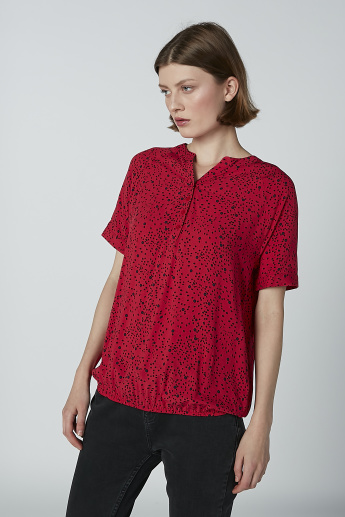Printed Top with Henley Neck and Short Sleeves