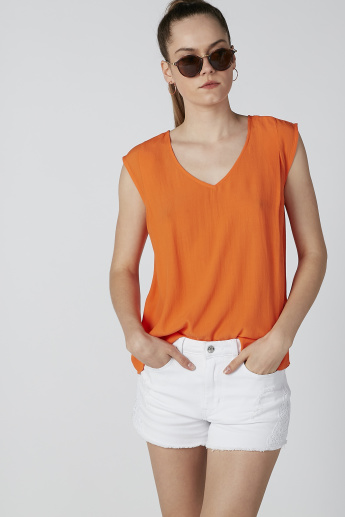 Textured Sleeveless Top with V-neck